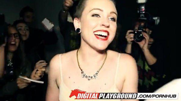 Vídeo Porno com a Sósia da Miley Cyrus
