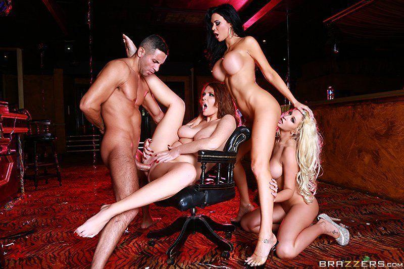 Festa do Sexo com Suruba com Mulheres Gostosas