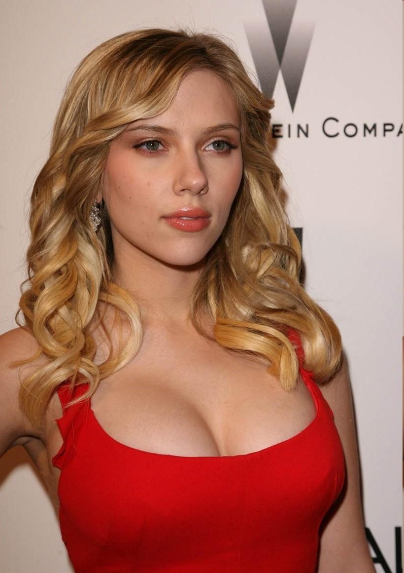 fotos-de-scarlett-johansson-pelada-nua-mostrando-os-peitos-6