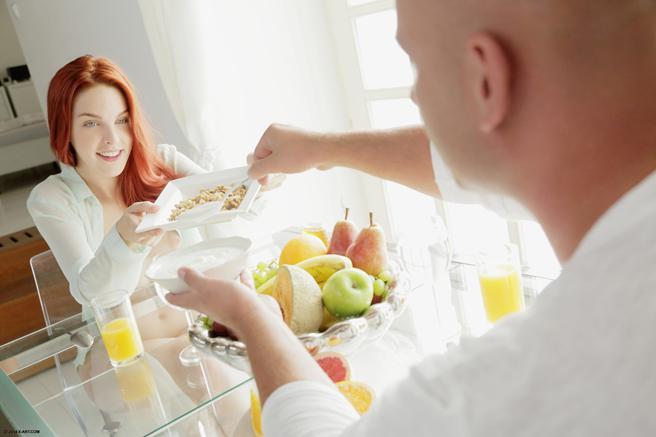 Sexo com a Noiva Ruiva Linda Logo pela Manhã
