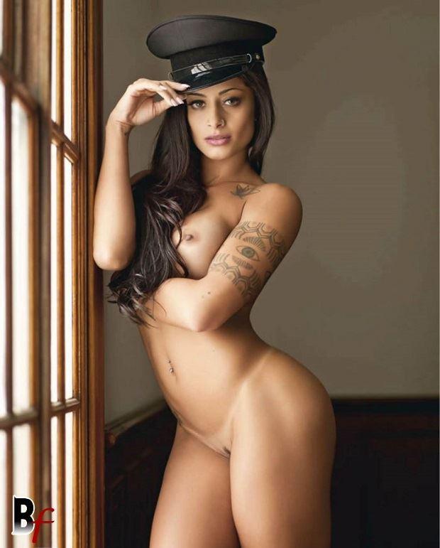 Panicat Aline Riscado Nua Pelada na Playboy