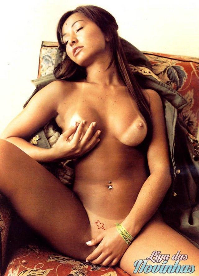 sabrina-sato-nua-pelada-mostrando-a-buceta-2