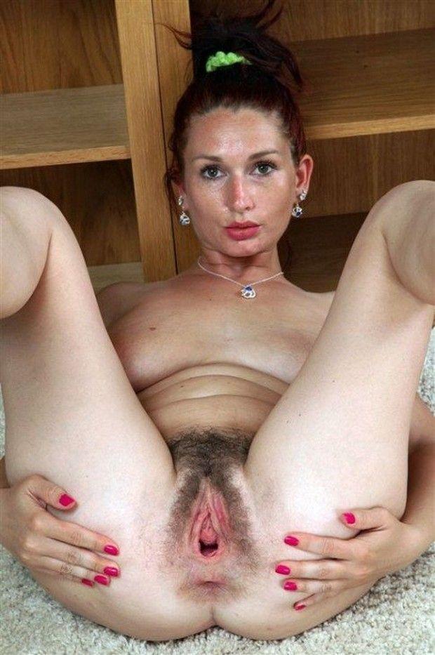 Mulheres-gostosas-da-buceta-cabeluda-38