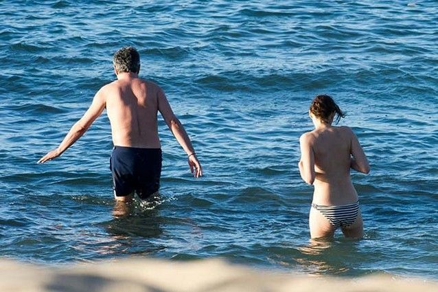 marion-cotillard-fazendo-topless-19