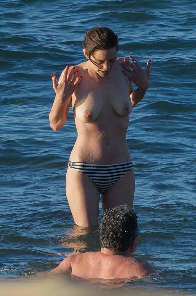 Fotos de Marion Cotillard Fazendo Topless