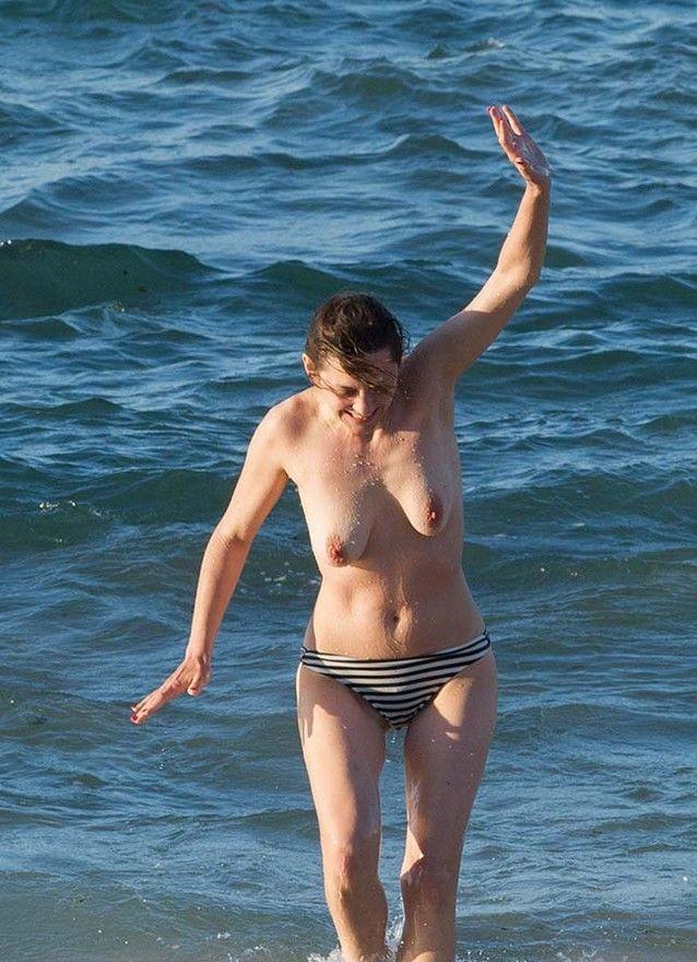 marion-cotillard-fazendo-topless-7