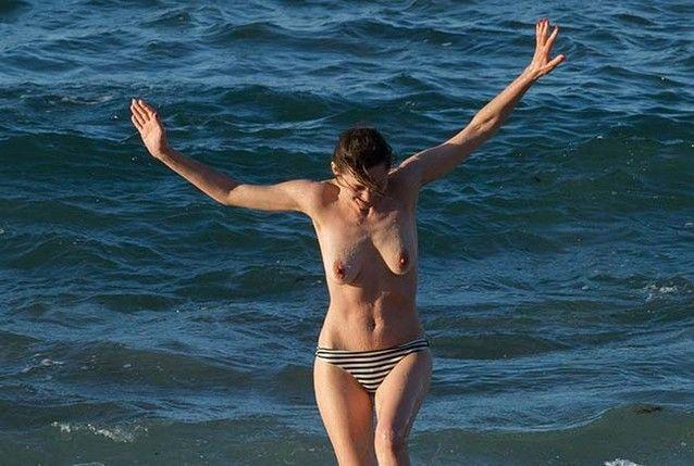 marion-cotillard-fazendo-topless-8