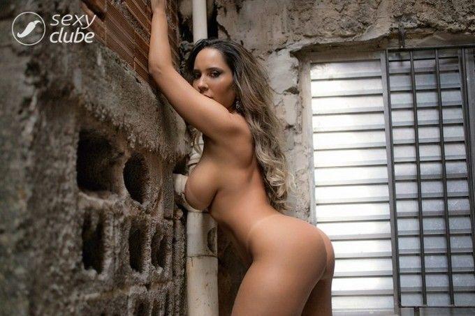 renata-frisson-mulher-melao-revista-sexy-junho-2016-3