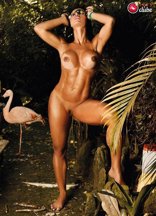 gracyanne-barbosa-nua-pelada-na-revista-sexy-38