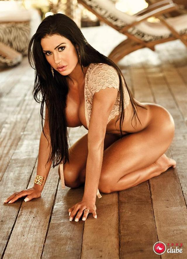 gracyanne-barbosa-nua-pelada-na-revista-sexy-5