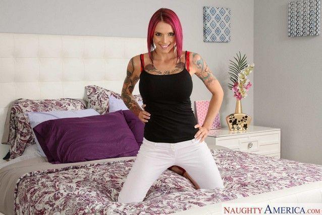 fotos-de-ruiva-tatuada-nua-pelada-exibindo-seu-corpo-3