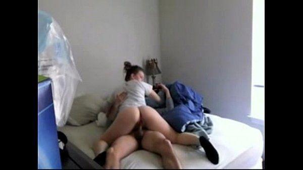 Novinha transando com o namorado