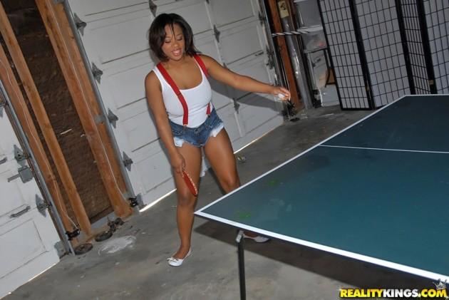 Смотреть теннис на раздевание — 11