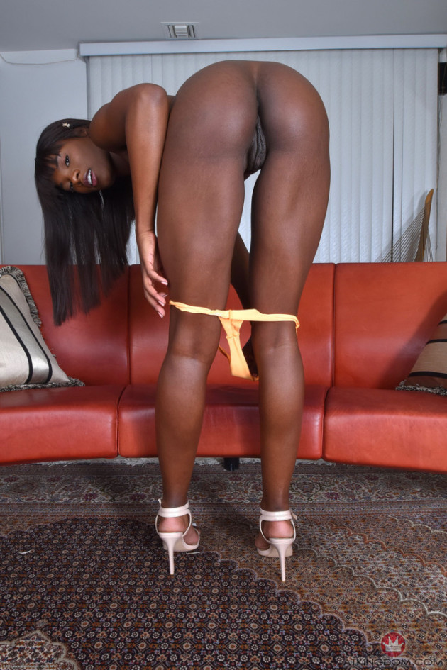 ebony-legs-galleries