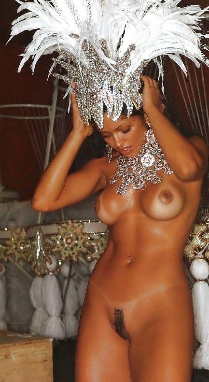 бразилия карнавал голые ему этот