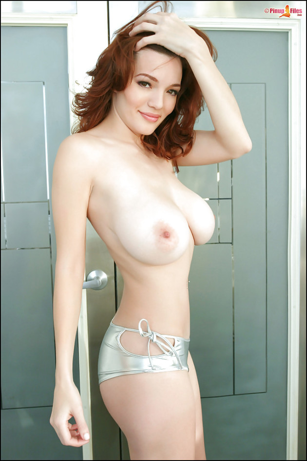 Skinny chicks with big titts — 8