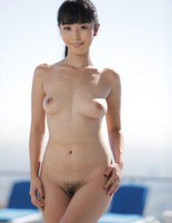 Japonesa novinha sem roupa